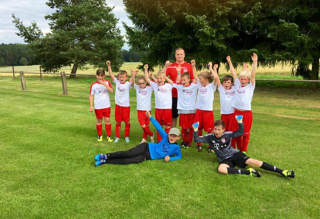 Turniersieg F-Jugend 2016 (5)